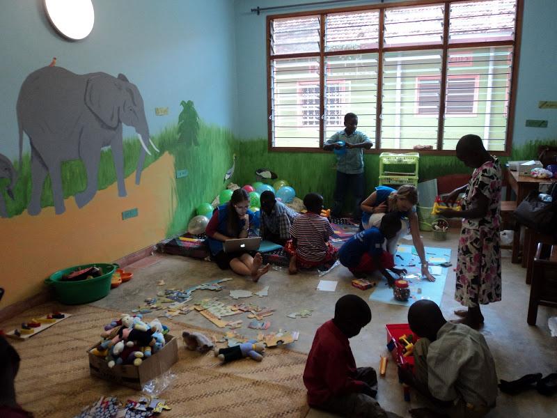 childrens playroom.JPG