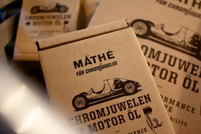 2012_Chromjuwelen_Motor_Oil_002.jpg