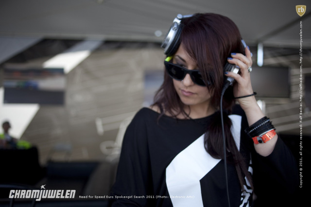 2011_EA_NFS_Spokesgirl_Search_002.jpg