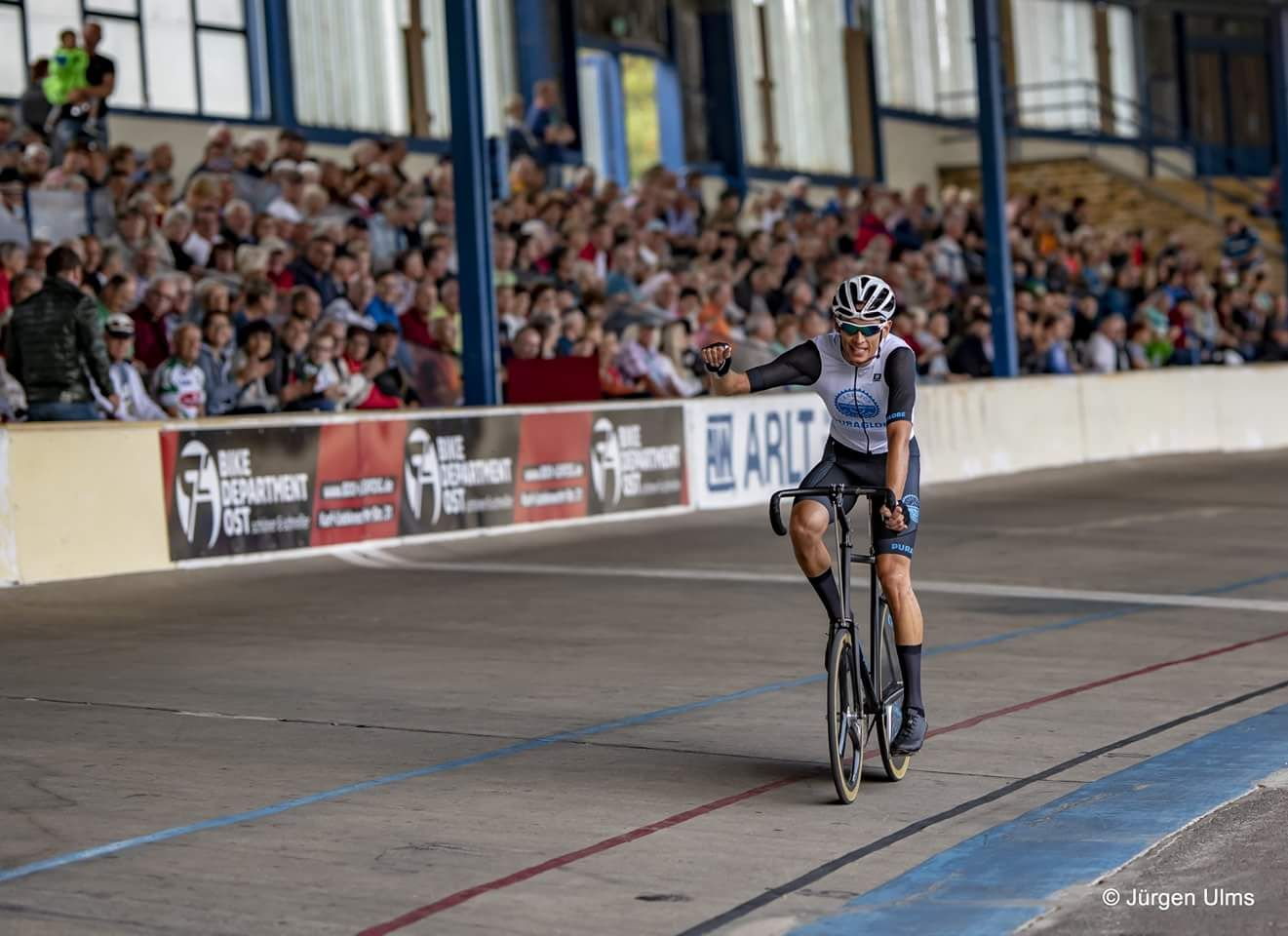Sponsoring the leading bicycle racing champion Daniel Harnisch, who reached 3rd place at the European Championship, is another proof for the regional engagement.