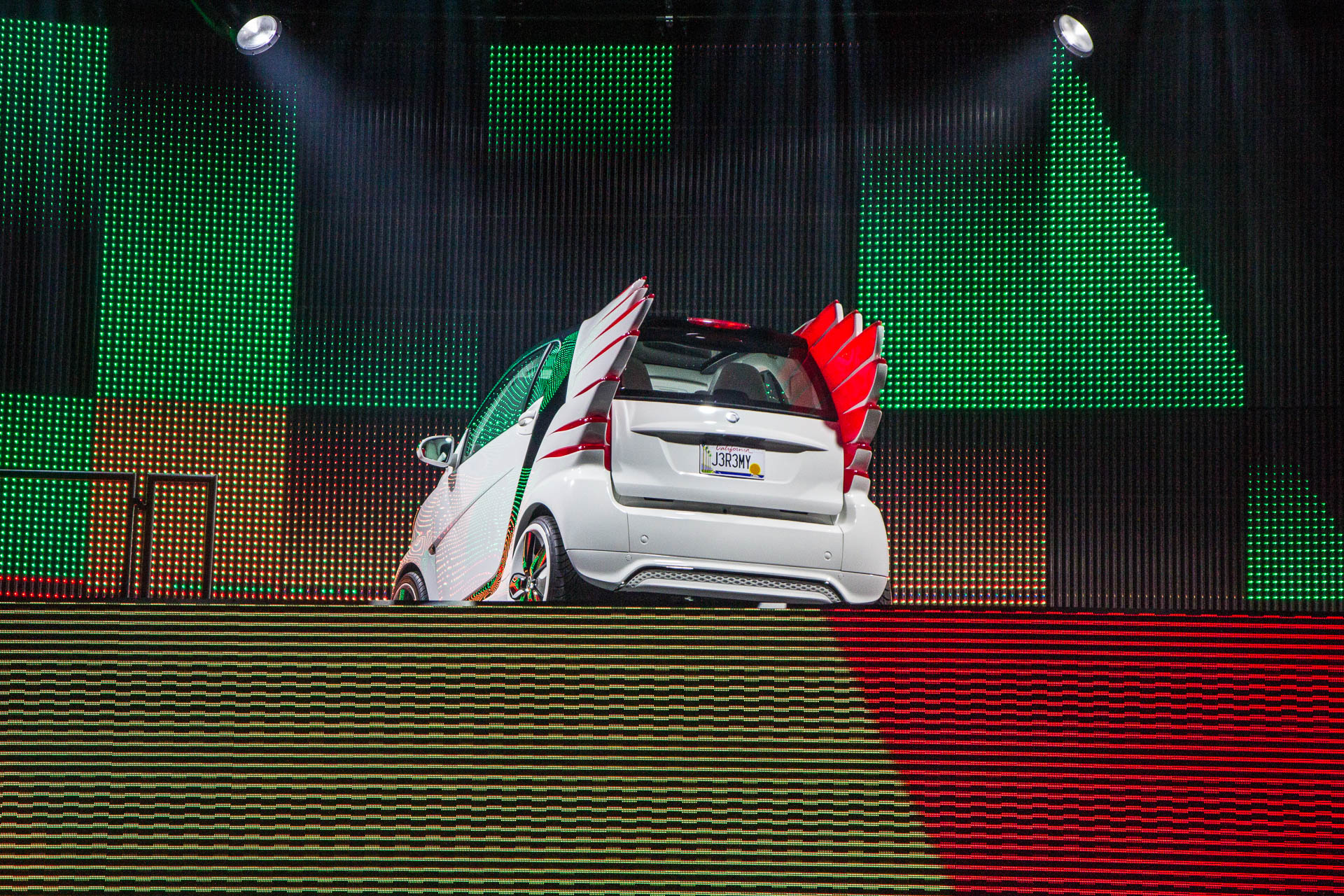 The smart forjeremy showcar (smart fortwo electric drive) by Jeremy Scott