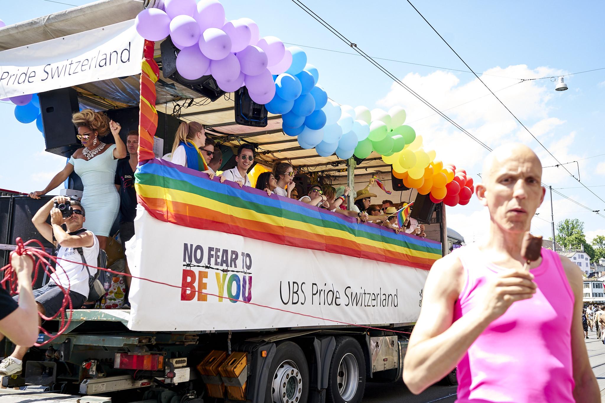 Zurich Pride Parade 2017 LME05684.jpg