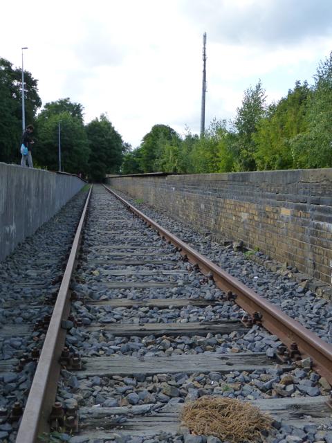 Imagen 4. Aspecto general de las vías del Andén 17 de la estación de Berlín-Grunewald.