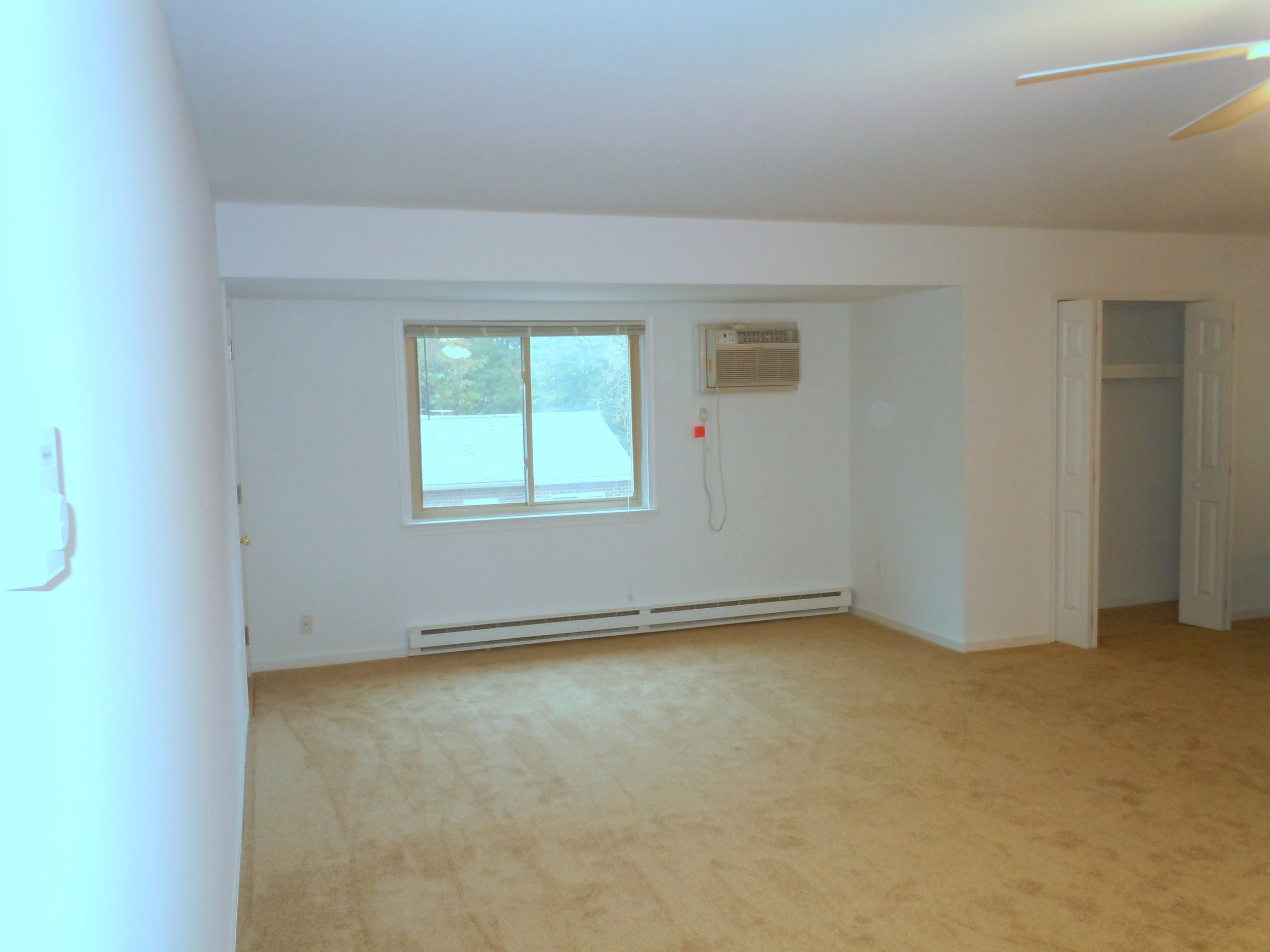 1 & 2 bedrm upstairs living rm - image #3.JPG