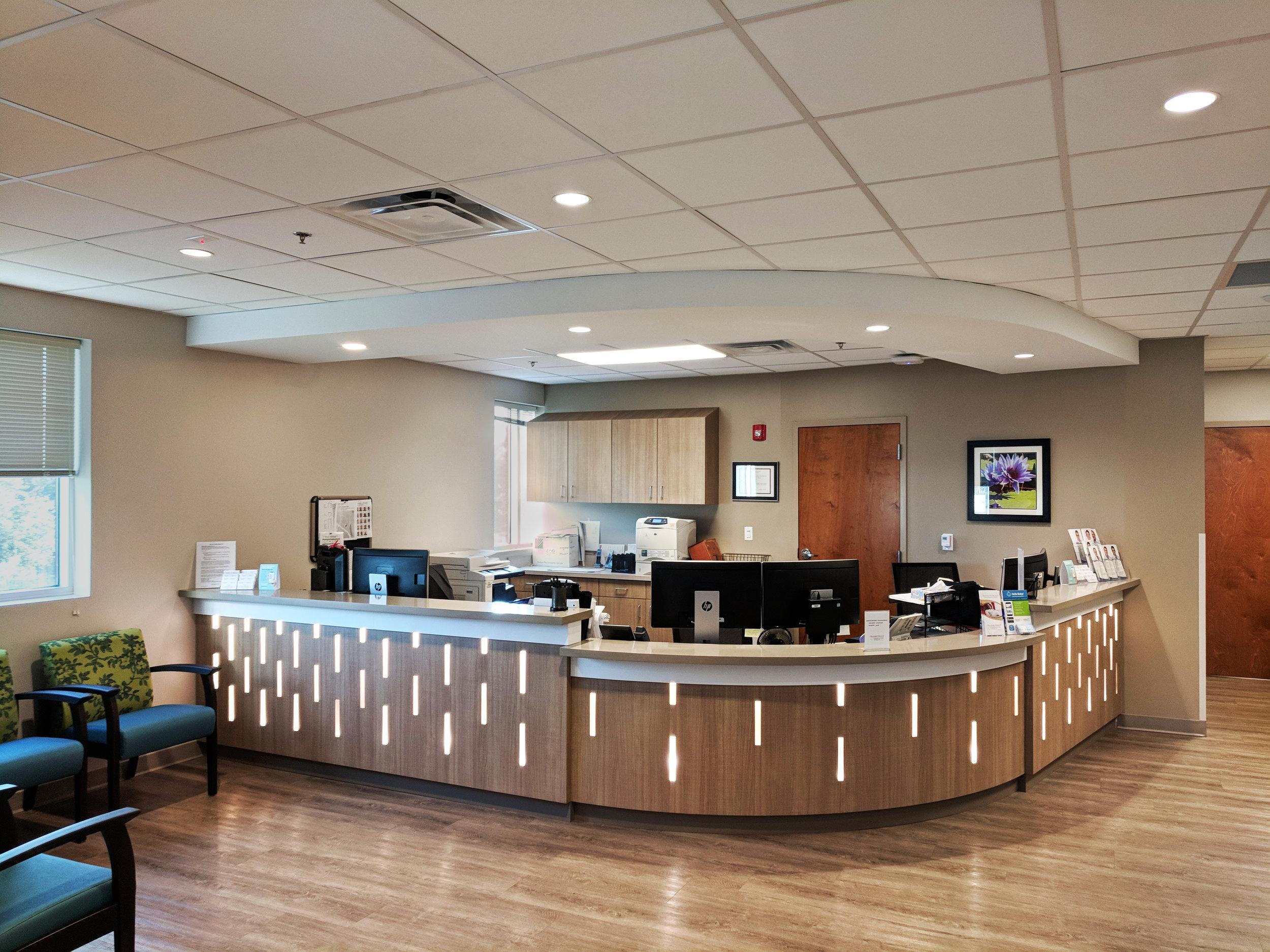 Reception Desk for Maternal Fetal Medicine