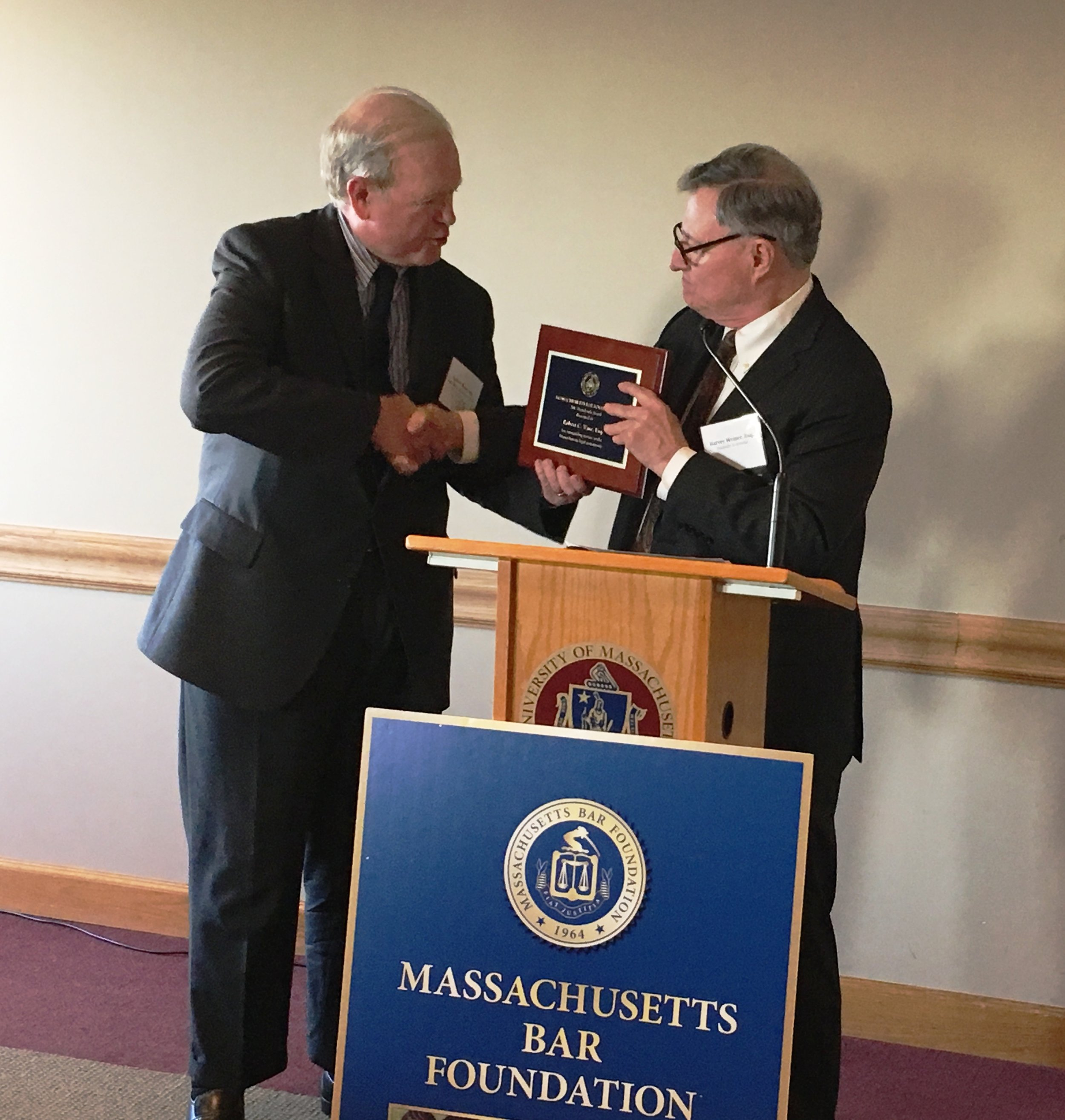 MBF Vice President Harvey Weiner presents Attorney Bob Ware with the 2017 President's Award.