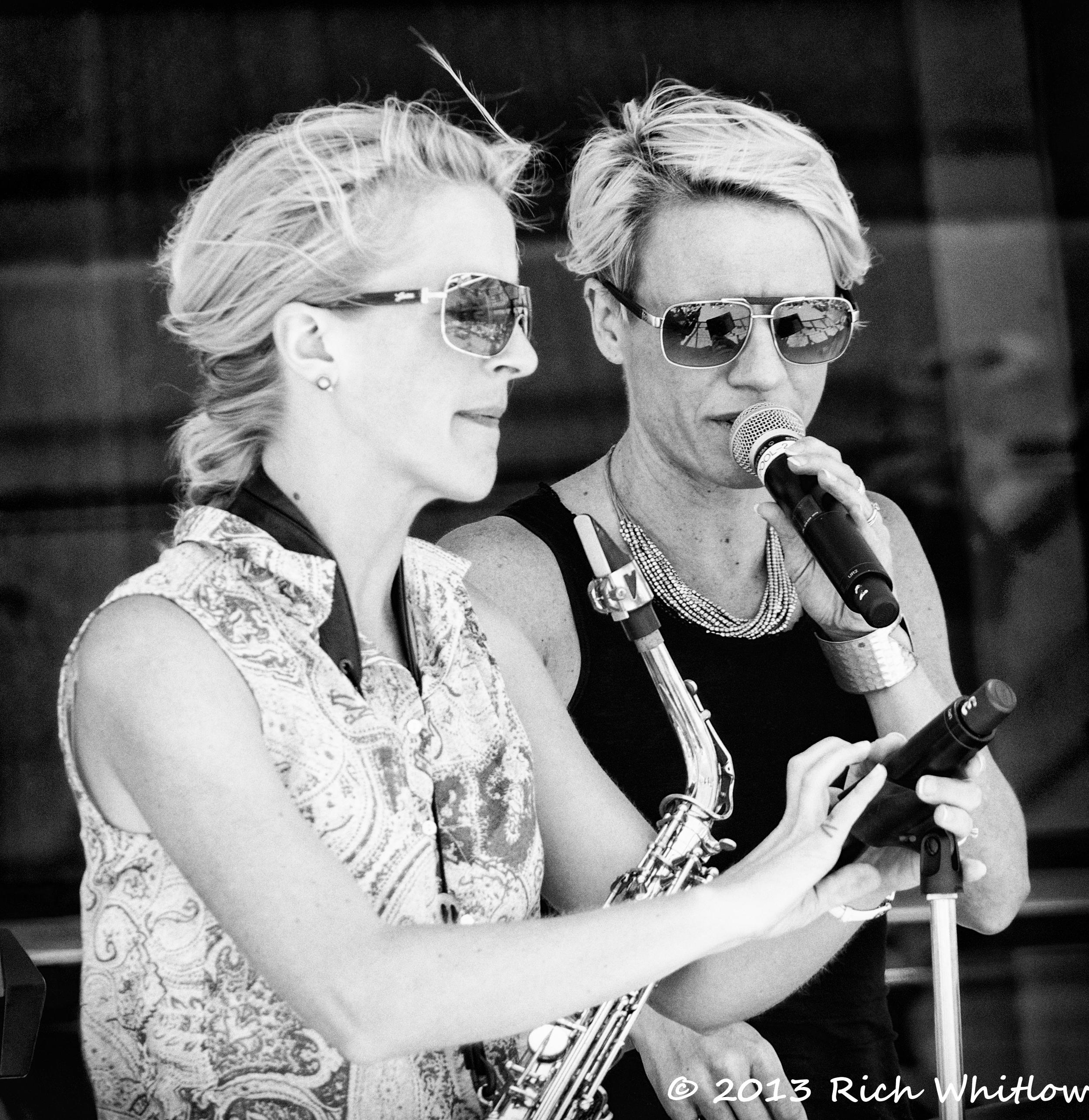 Cruise Singers