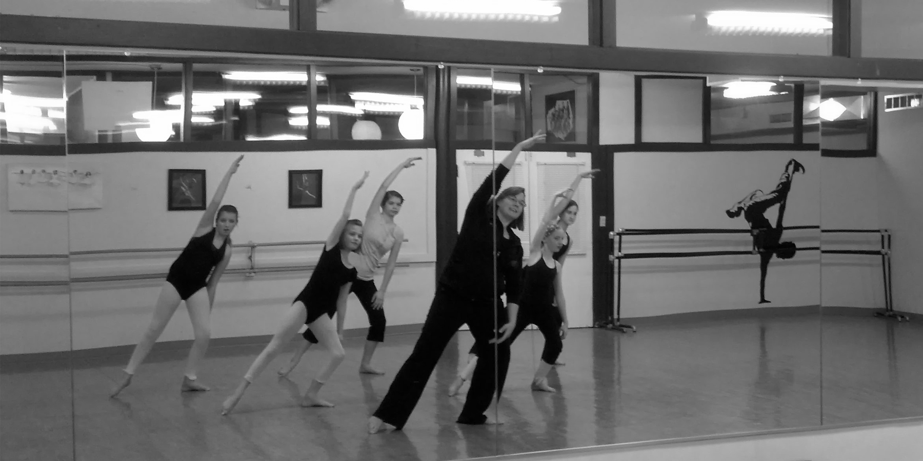 dance teaching 2_edited-1.jpg