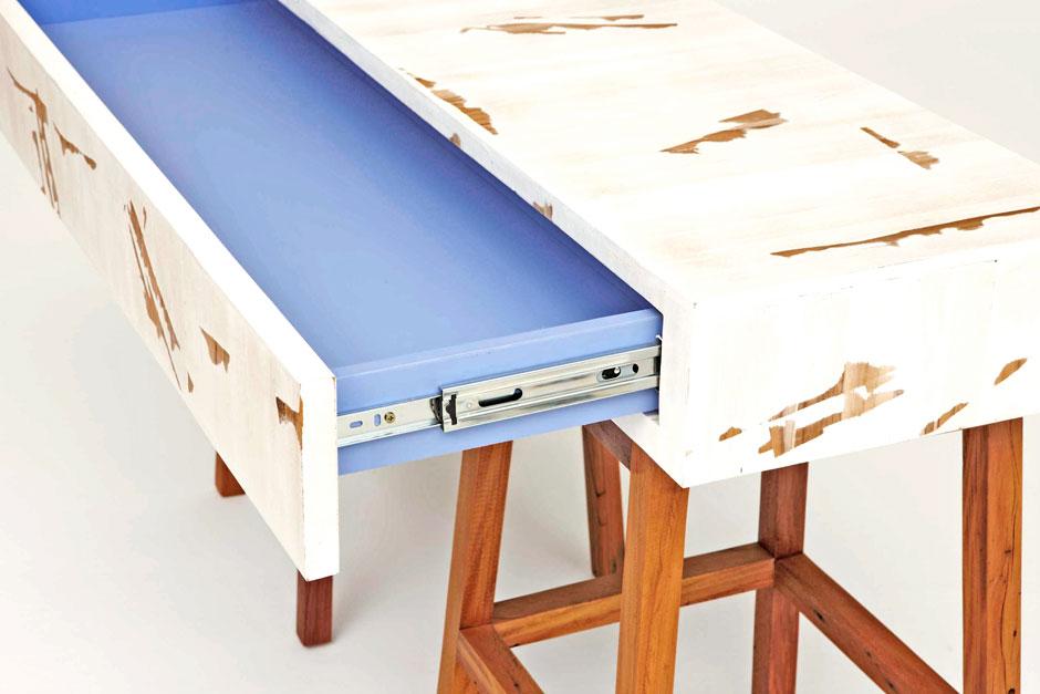 Carico single drawer interior