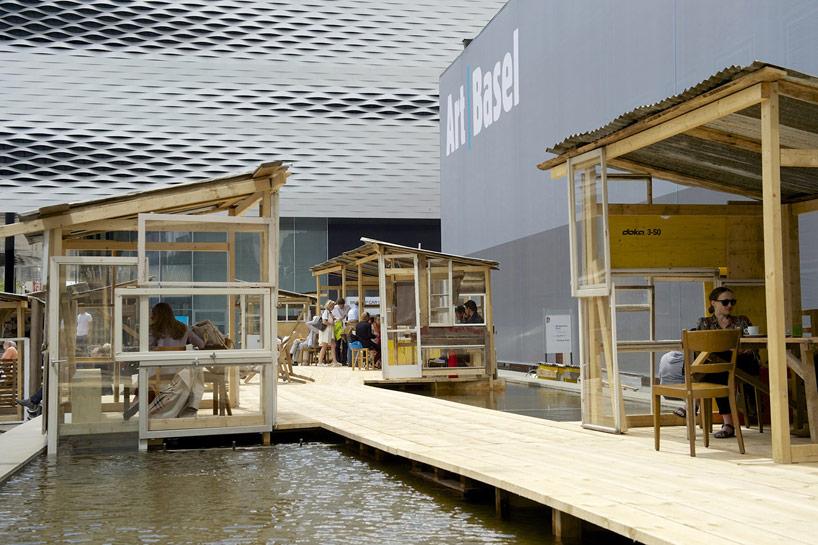 favela-cafe-takashi-kawamata-designboom04.jpg