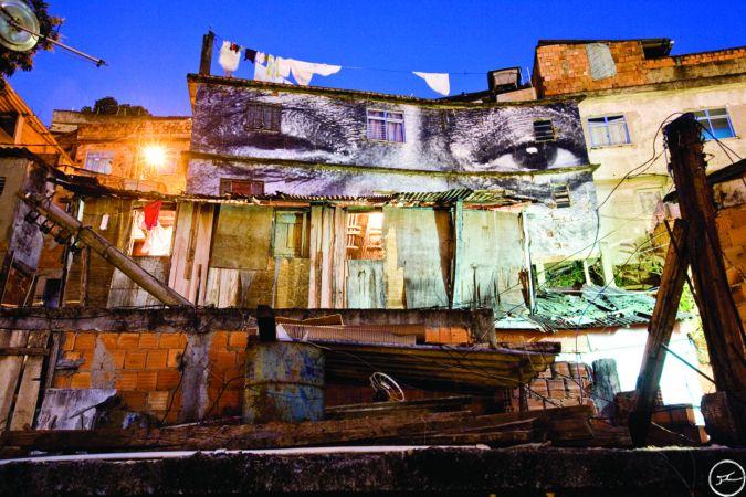 7_favela_night_china_hdcmyk.jpg