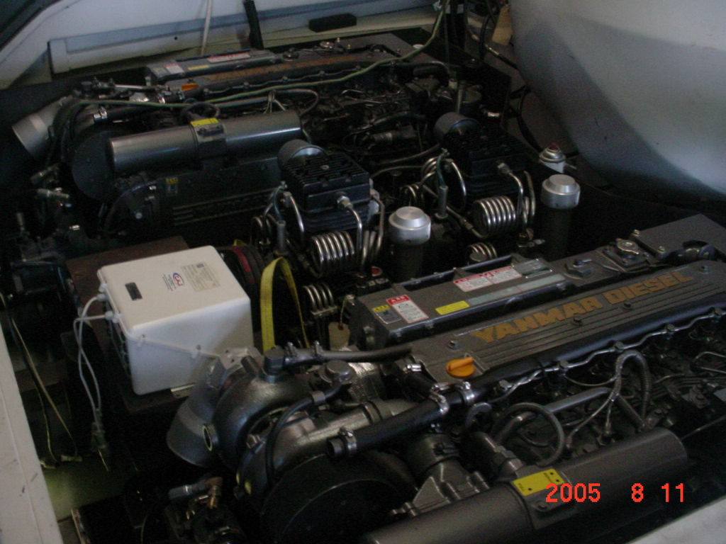 ae8-11 ECa (3)COPY Engines900HP.JPG