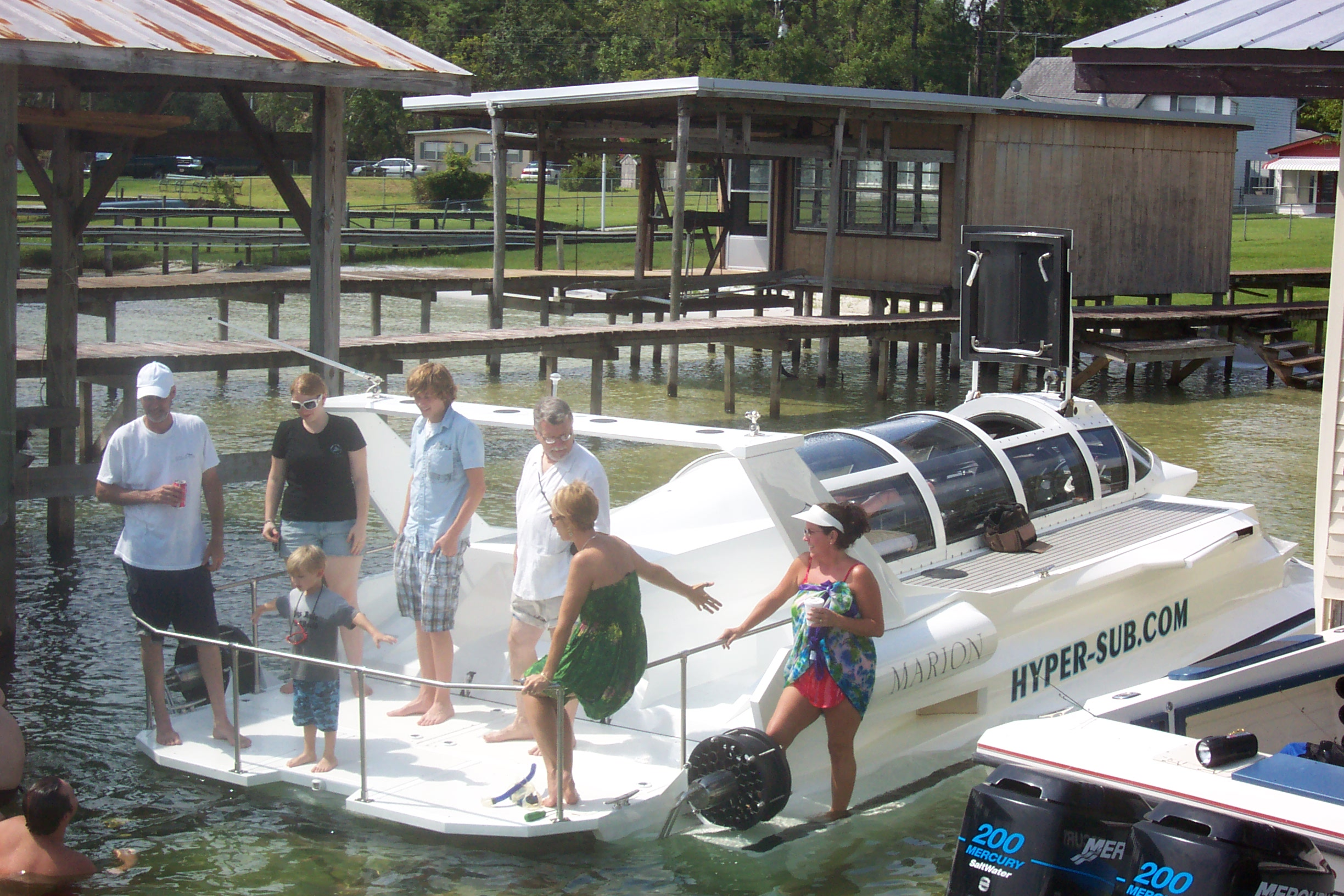 The Hyper-Sub can be docked or parked almost anywhere, just like any other speedboat. Chose the rear deck seating option to enjoy when using in surface craft mode.