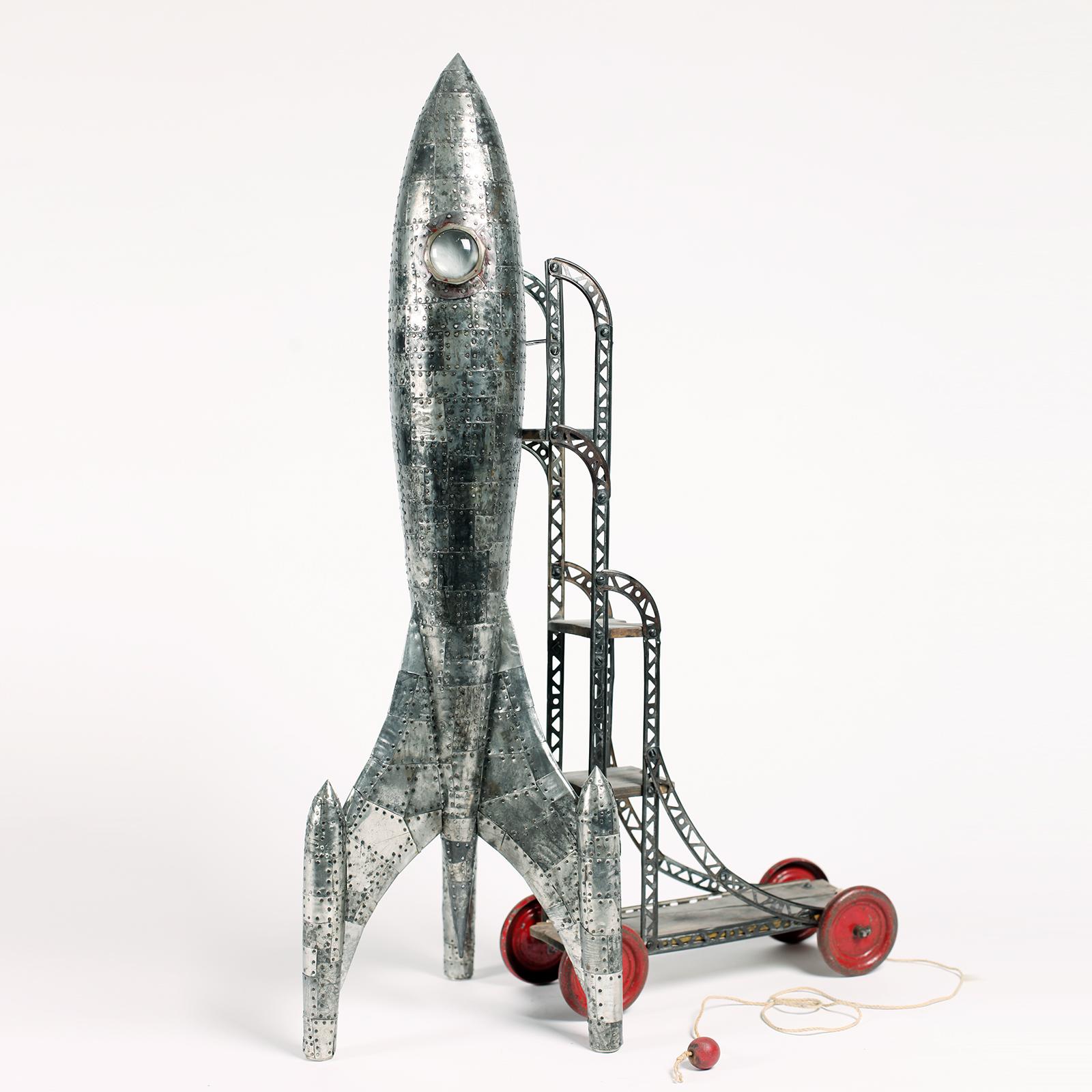 rocket toy.jpg