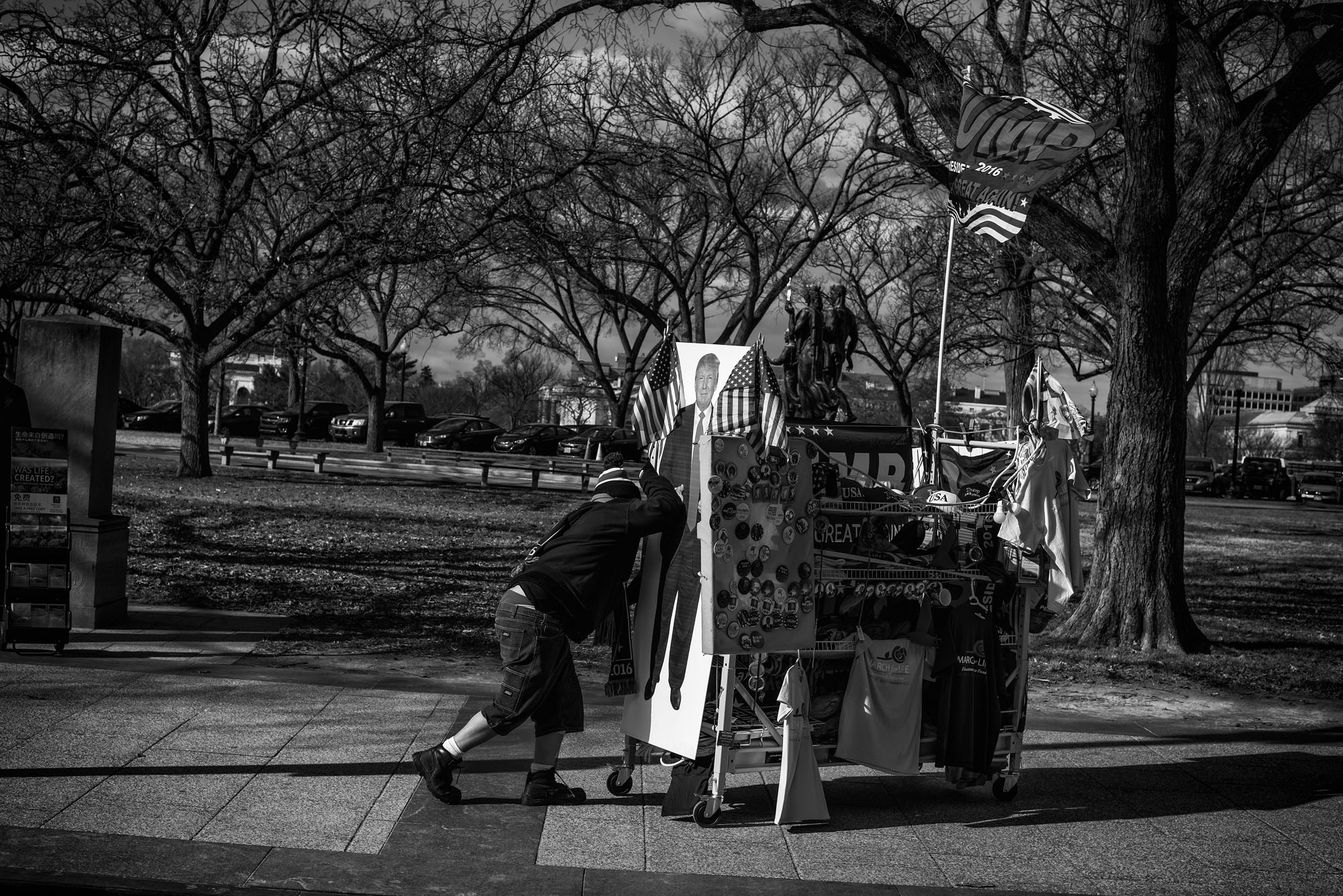 A vendor pushes his cart up 17th Street NW at the March for Life, on January 27, 2017.