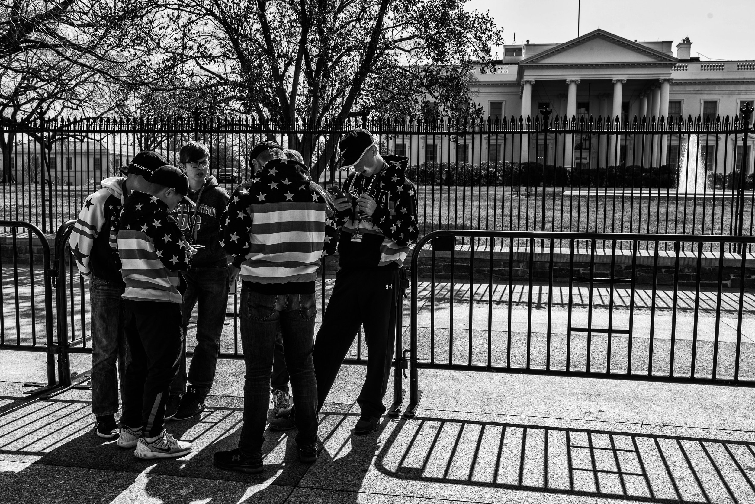 Day 46 : Tourists gathered outside the White House, on March 6, 2017.