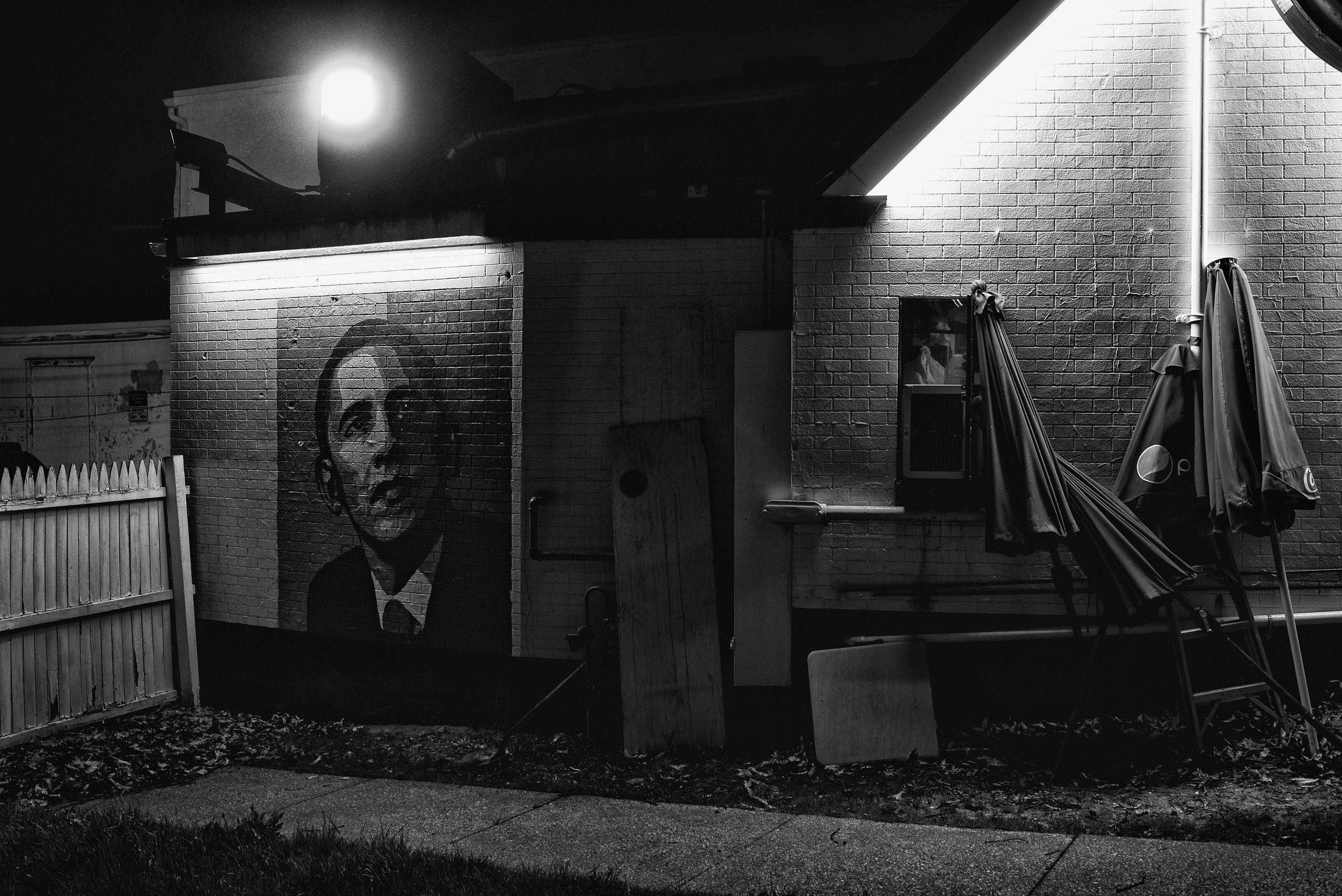 Day 66 : A mural of former president Barack Obama at the Steak 'n Egg restaurant, on March 26, 2017.