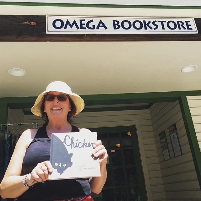 Celebrating the wonderful news that Omega Book Store at Omega Institute will soon be carrying Chicken! ❤️🙏🏼 #omegainstitute #myomegamoment