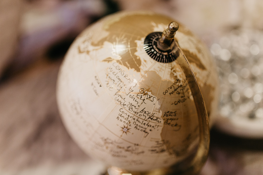 Tacoma Wedding Venues Globe Guest Book.jpg