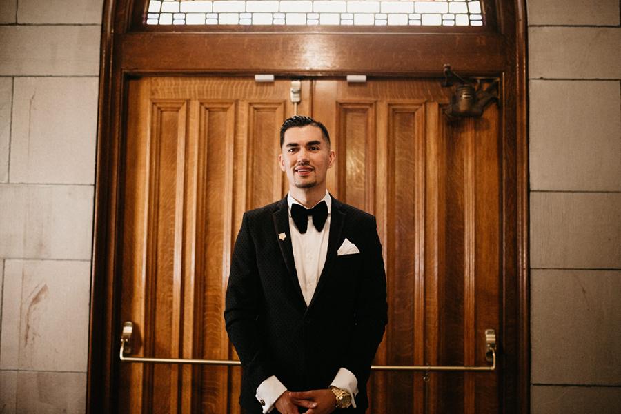 Seattle Wedding Venues Groom First Look.jpg