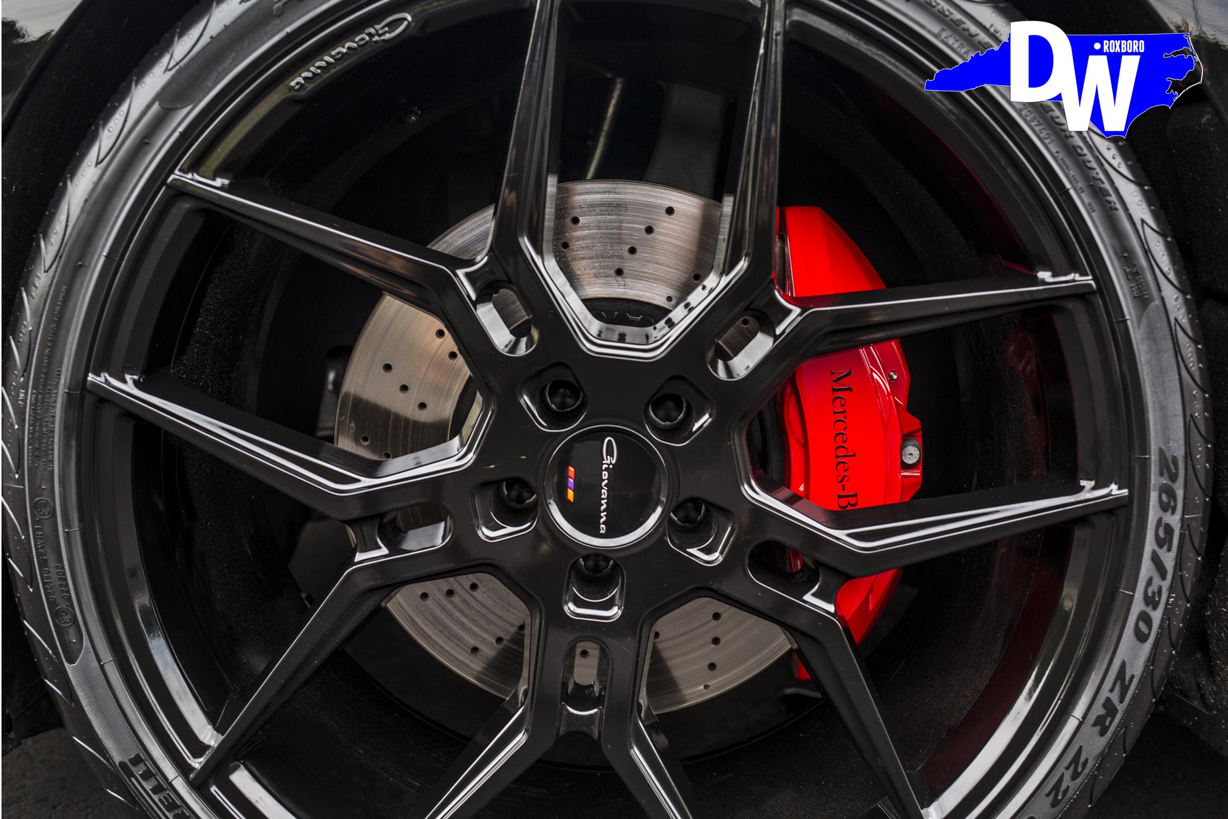 DW-s550-coupe-Giovanna-Wheels.jpg