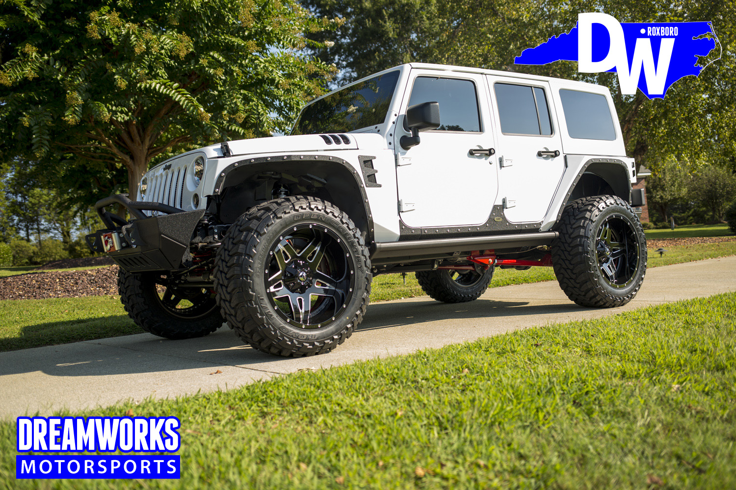 Gerald-Wallas-White-Jeep-by-Dreamworksmotorsports-10.jpg