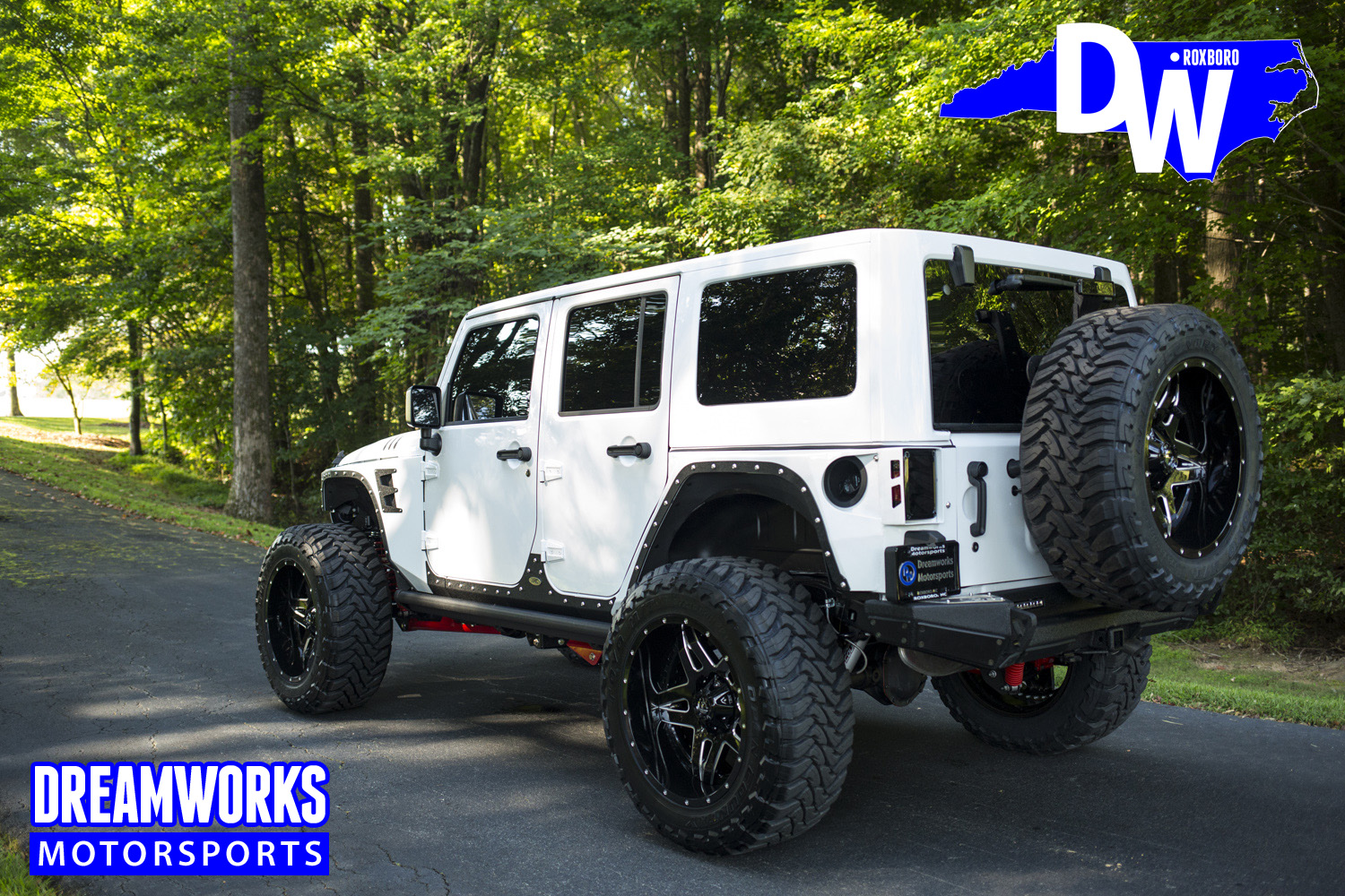 Gerald-Wallas-White-Jeep-by-Dreamworksmotorsports-15.jpg