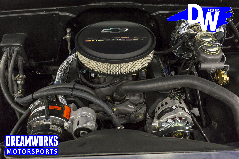 Restored-C10-by-Dreamworks-Motorsports-27.jpg