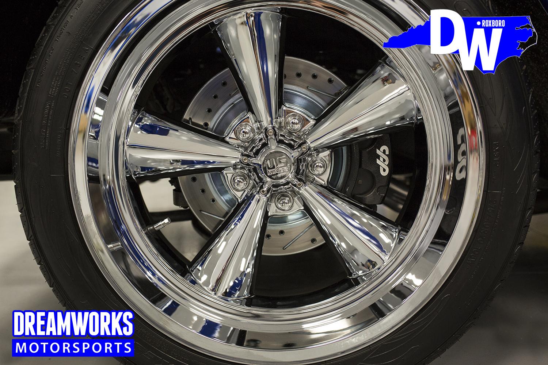 Restored-C10-by-Dreamworks-Motorsports-28.jpg