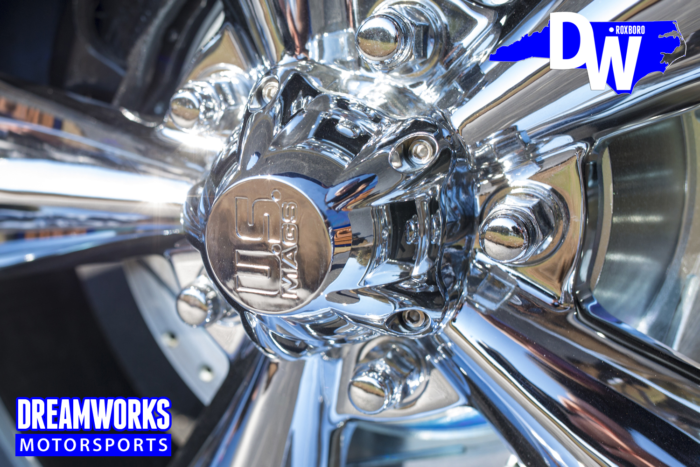 Restored-C10-by-Dreamworks-Motorsports-12.jpg