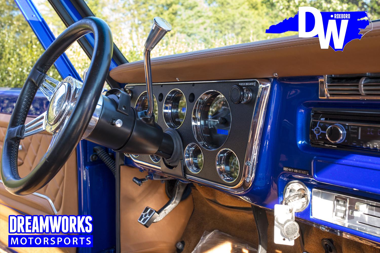 Restored-C10-by-Dreamworks-Motorsports-9.jpg