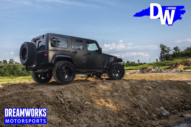 Gerald-Wallace-Black-Jeep-Wrangler-by-Dreamworks-Motorsports.jpg