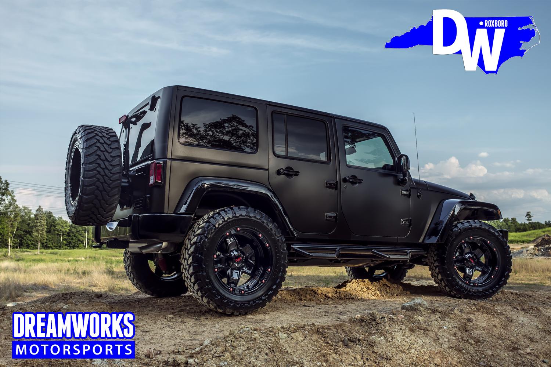 Gerald-Wallace-Black-Jeep-Wrangler-by-Dreamworks-Motorsports-12.jpg