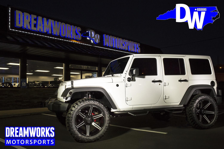 Desegana_Diop-NBA-Senegal-Oak-Hill-Dallas-Mavericks-Charlotte-Bobcats-White-Jeep-Dreamworks-Motorsports