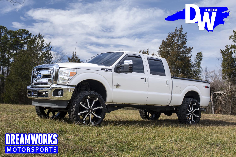 White-F250-F4X-Custom-Wheels-Dreamworks-Motorsports-main.jpg
