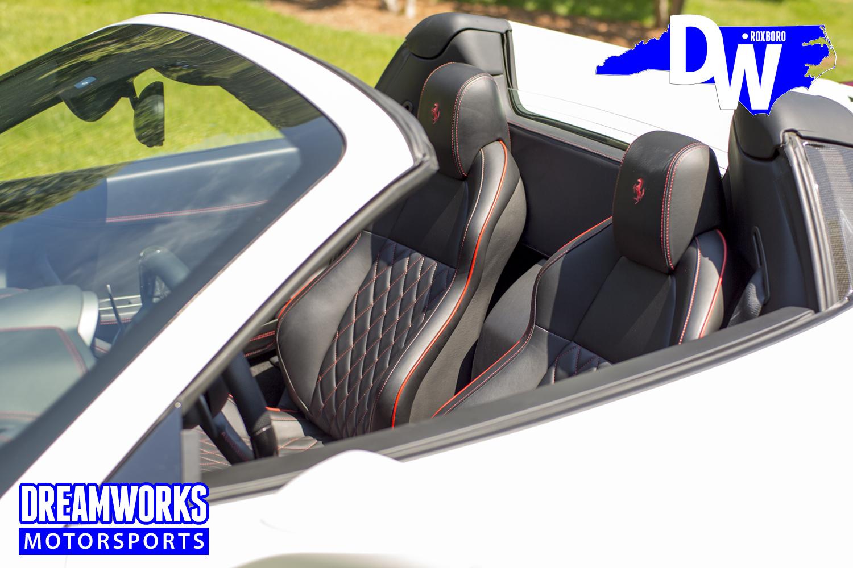 Ferrari_458_Spider_white_by_Dreamworks-Motorsports-interior-3.jpg