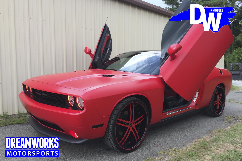 Dodge_Challenger_by_Dreamworks_Motorsports-10