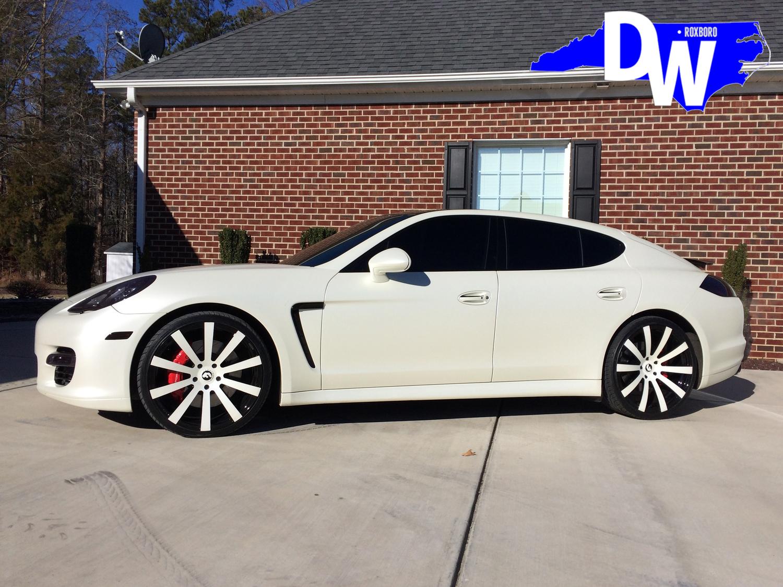 Tre-Mason-NFL-RB-LA-Rams-Porsche-Panamera-Dreamworks-Motorsports-1