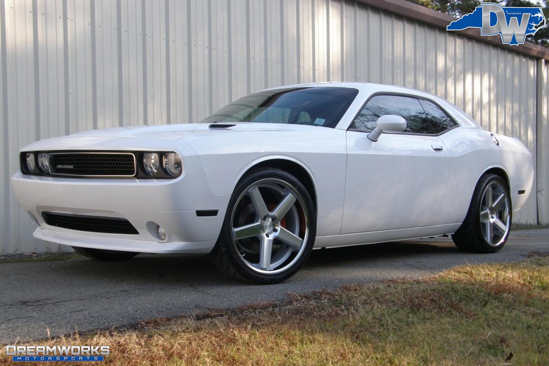 Dodge_Challenger_By_Dreamworks_Motorsports-11.jpg