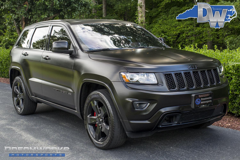 Matte-Black-Jeep-Grand-Cherokee-Dreamworks-Motorsports.jpg