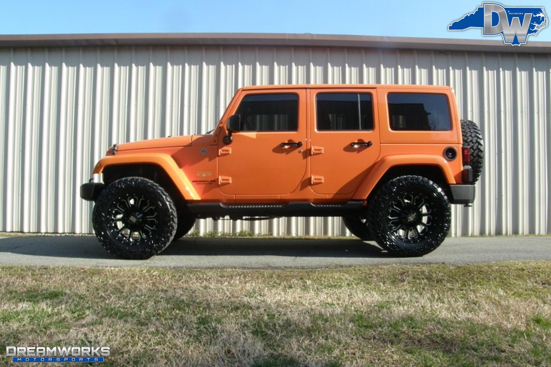 2012-Jeep-Wrangler-JK-Dreamworks-Motorsports-2.jpg