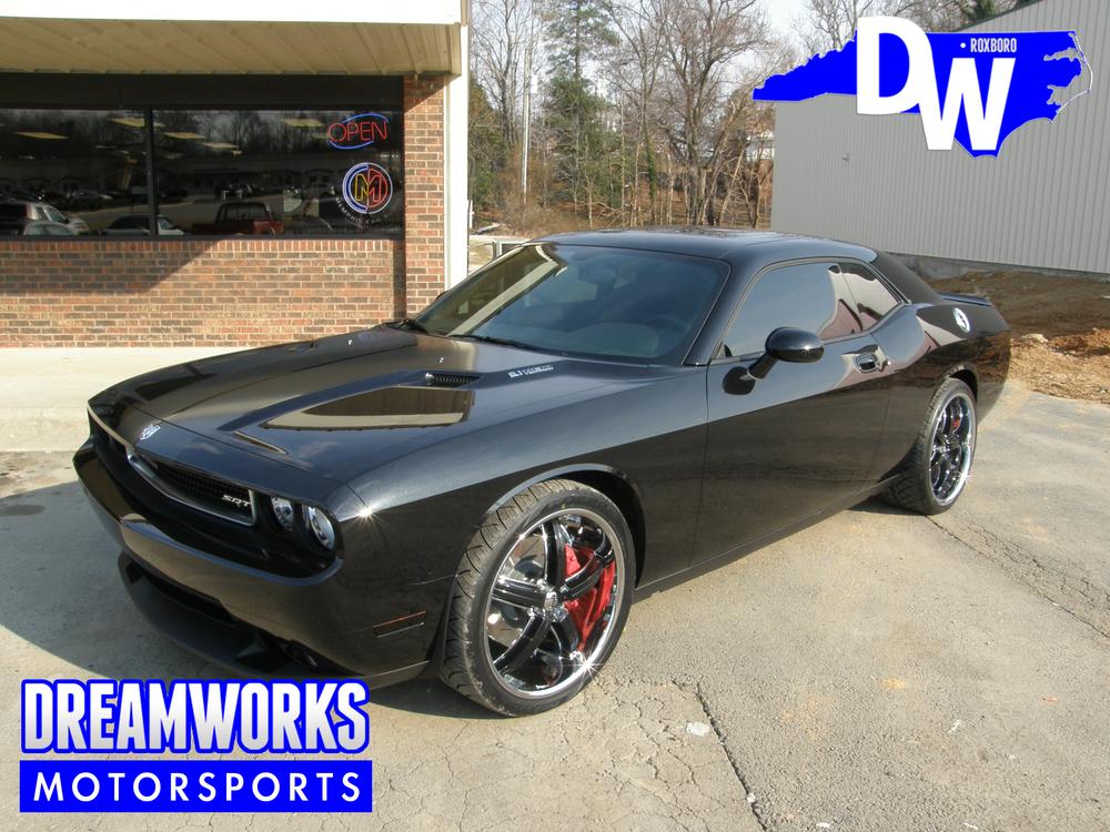 Dodge-Challenger-SRT-8-Nazr-Mohammed-Dreamworks-Motorsports-2.jpg