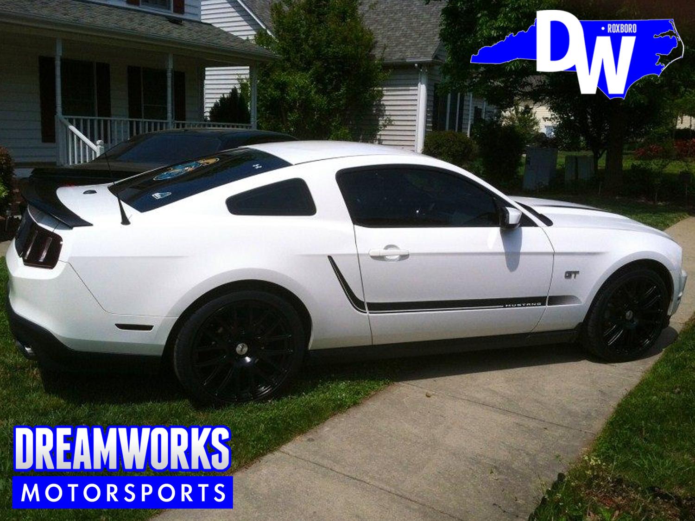 Ford-Mustang-TSW-Dreamworks-Motorsports-2.jpg