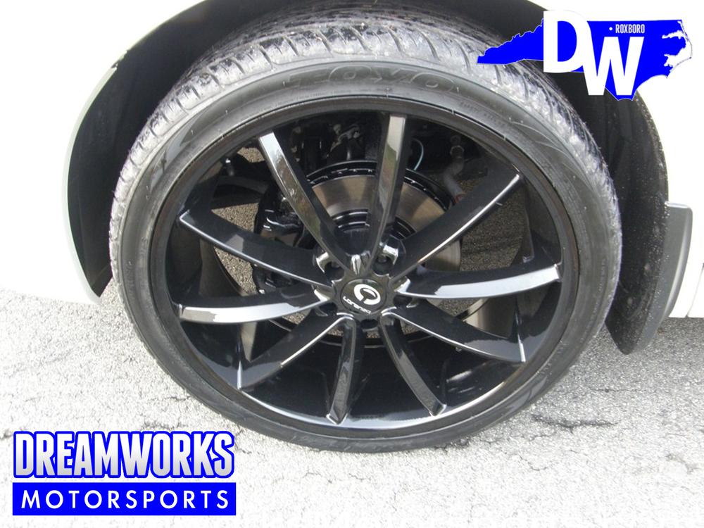 Honda-Crosstour-Dreamworks-Motorsports-4.jpg