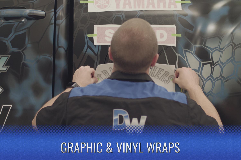 Graphic-Vinyl-Cover-Dreamworks-Motorsports.jpg