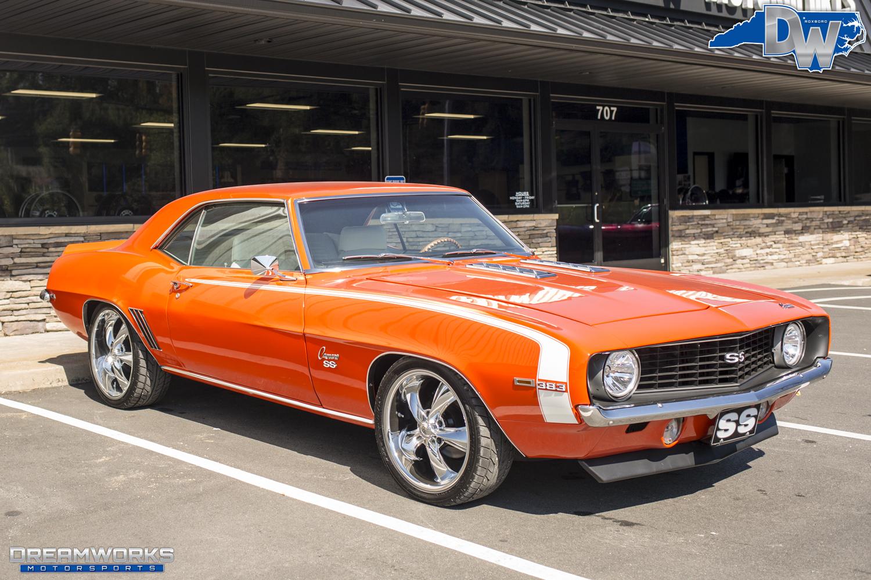 69-Chevrolet-Camaro-Foose-Dreamworks-Motorsports-5.jpg