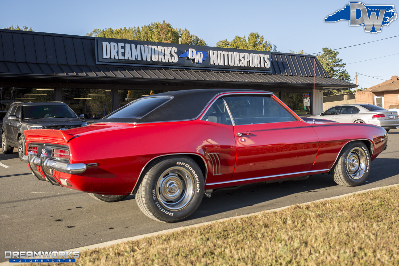 69-Chevrolet-Camaro-Dreamworks-Motorsports-3.jpg