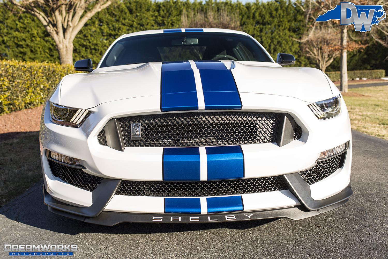 White-Shelby-Mustang-Dreamworks-Motorsports-4.jpg