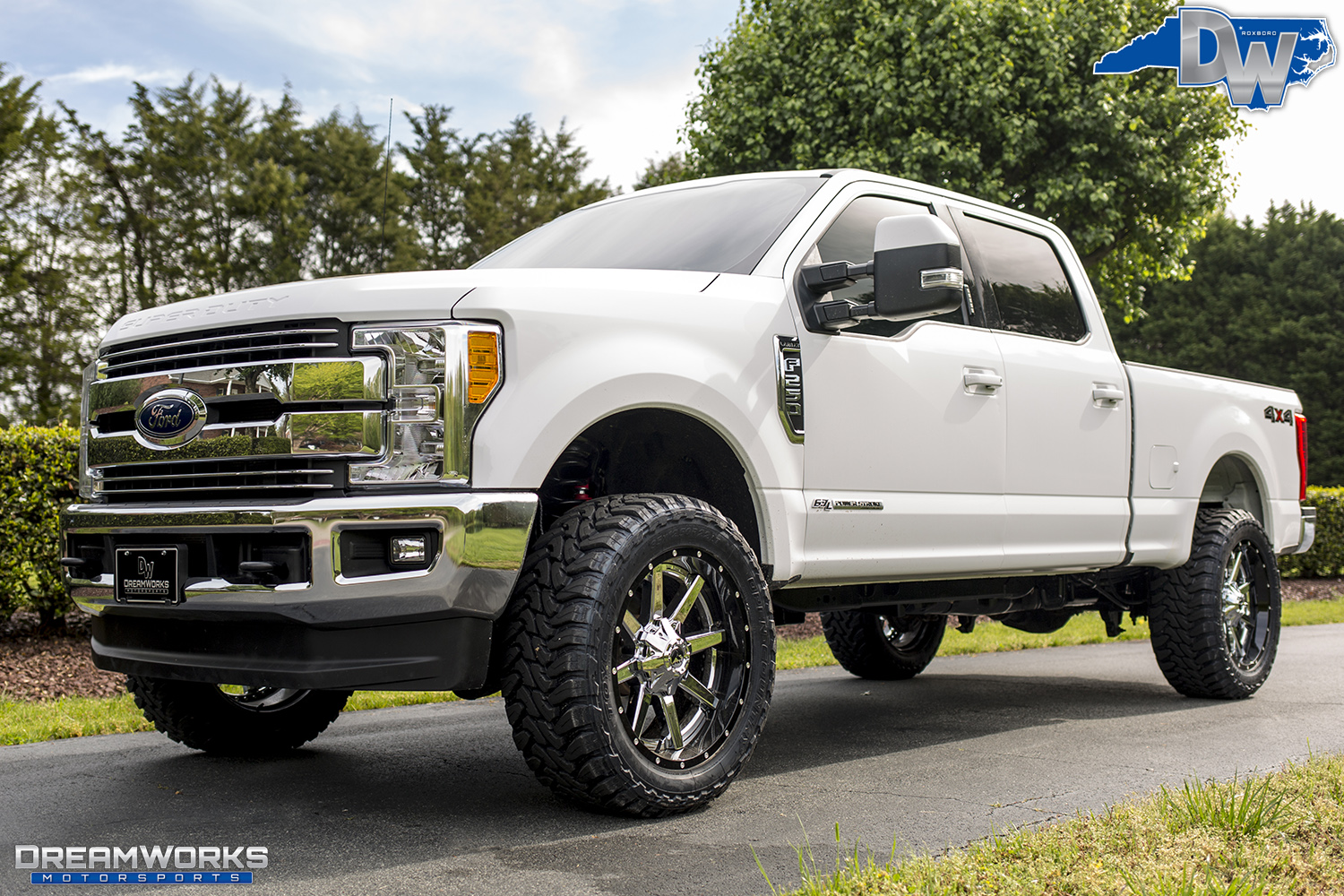 White-Ford-F250-Super-Duty-Dreamworks-Motorsports-2.jpg