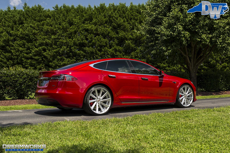 Red-Tesla-Dreamworks-Motorsports-4.jpg
